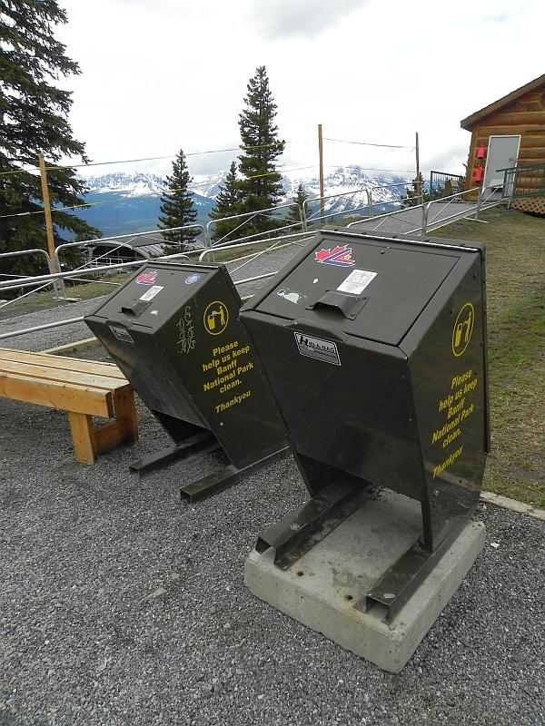 Bärengeeignete Mülleimer