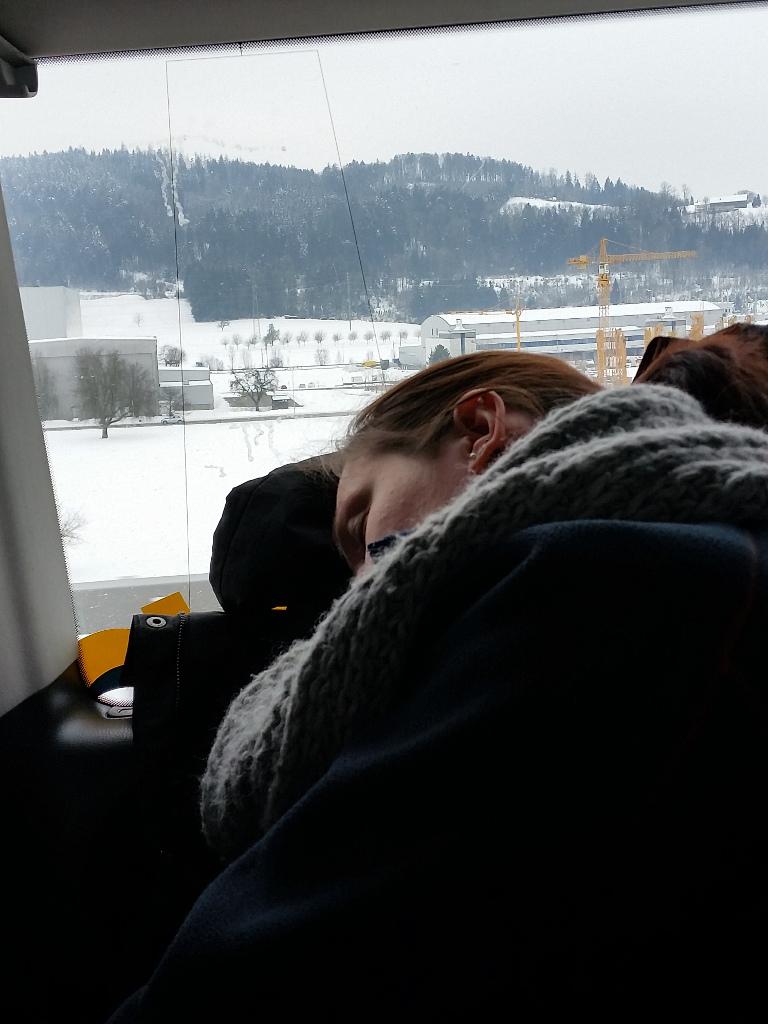 020_Schlafen_im_Auto