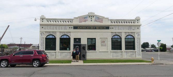 9000 Einwohner, 3 Museen, 2 Besuche